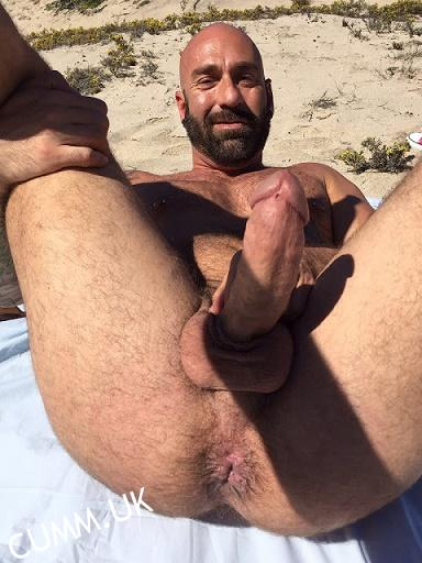 DILF – Nude Daddies I'd Like to Fuck Gallery