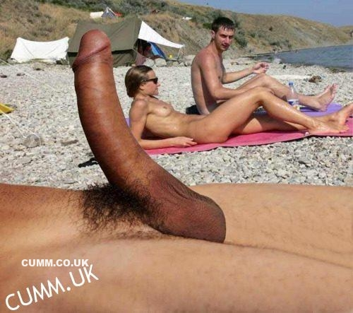Lick huge cock at the nudist beach woman gets fucked