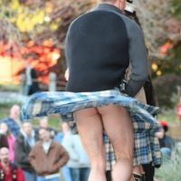 kilt sexy arse exposed