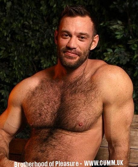 Introducing Aaron Cage Great British Bear Porn Star
