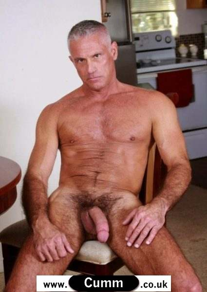 Dilf enjoys getting fucked by stud
