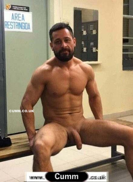 soft cock lad nude in gym