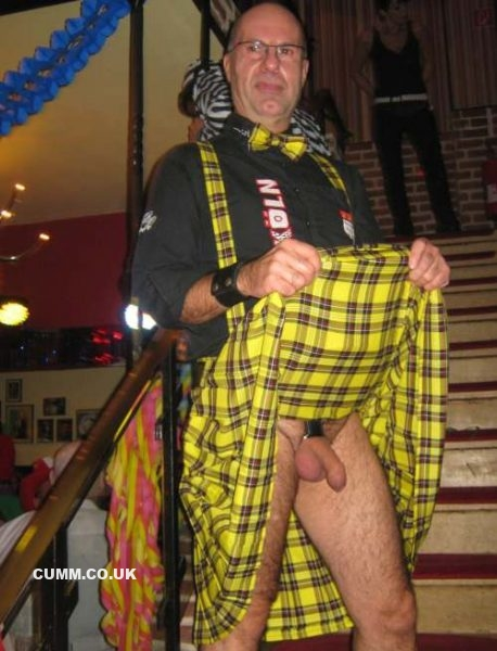 kilt cock exposed