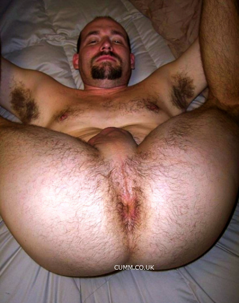 hairy-lad-hairy-arsehole-fingre