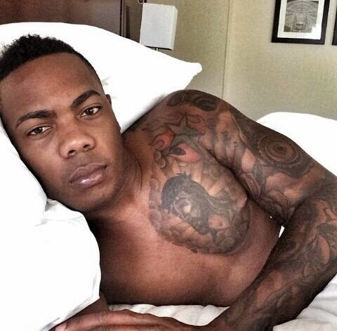 Aroldis Chapman naked pictures