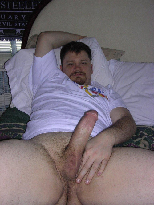 str8-men-wanks-to-gay-porn-fat-dick