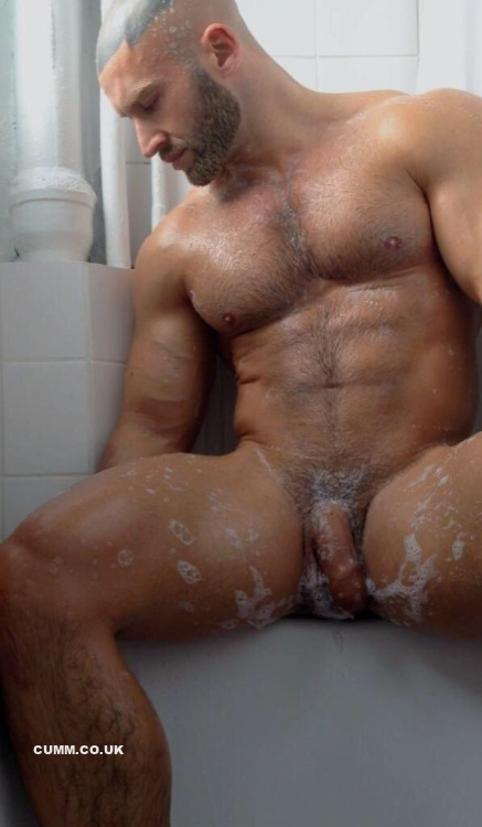 bathing-the-phallus-sagat