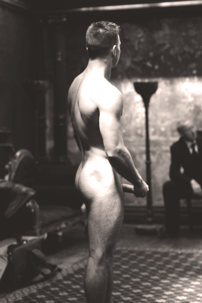 displayed-naked-for-older-men