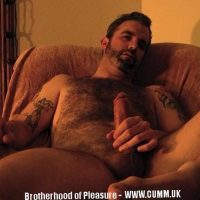 hairy mature dilf wanks