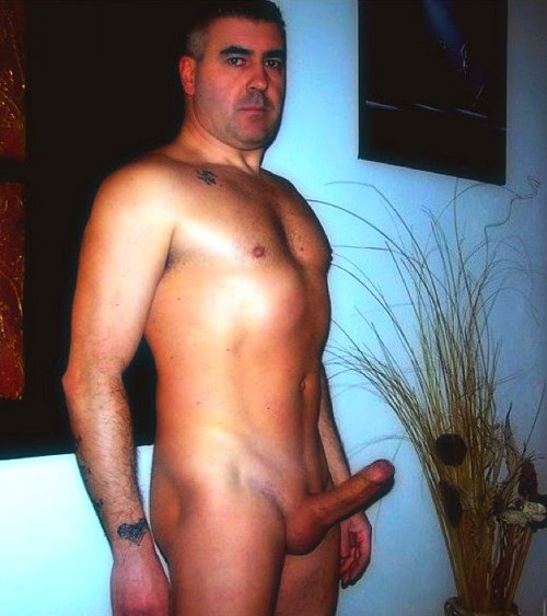 Old uncut cocks galliers