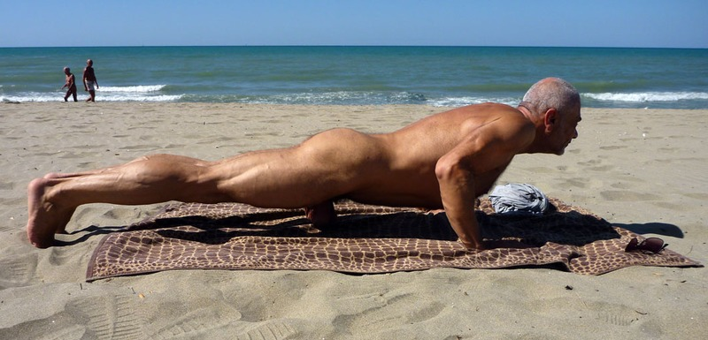Muscle Daddy Naked Beach Sexercise  Ul  Uo Ul-5374