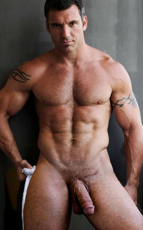 rugby-dad-muscle-jock