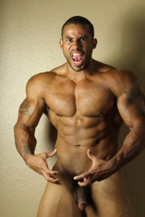 a Muscle God and a Professional Solosexual