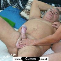 lesbian squirt on strapon